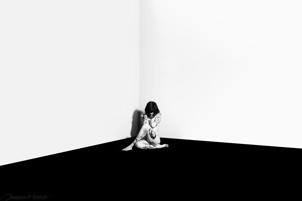 Leanna-Banana-Empty-Room-7758-LS.jpg